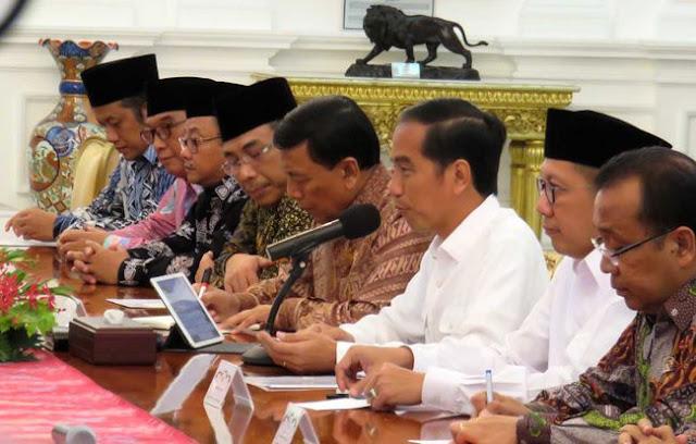 "Jokowi Balas Aksi Ormas Habib Rizieq, ""Jangan Ragu Tindak Tegas Upaya Melawan Hukum"""