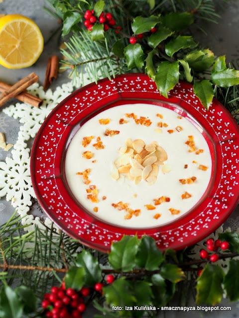 zupa z migdalow, migdaly, blender, wigilia, potrawy wigilijne, deser, slodka zupa, swieta, bozenarodzenie, zupy domowe, domowe jedzenie