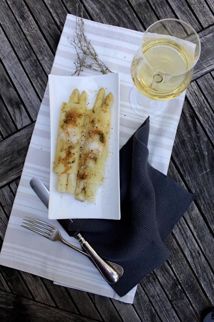 Spargel-Cannelloni mit Thymian-Orangen-Butter