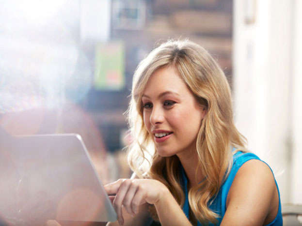 दुनियाभर में इंटरनेट पर फैली सामग्रियों में 37 हिस्सा सिर्फ पॉर्न का है