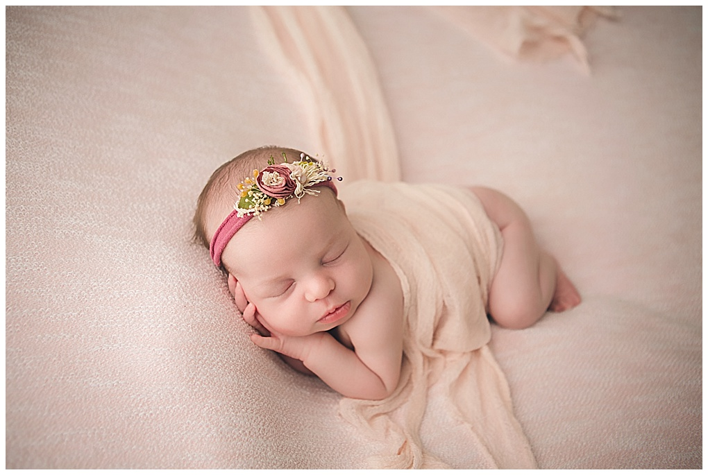 Penny newborn grand rapids michigan newborn photographer