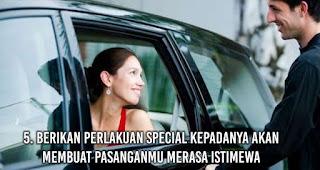 Berikan perlakuan special kepadanya akan membuat pasanganmu Merasa Istimewa
