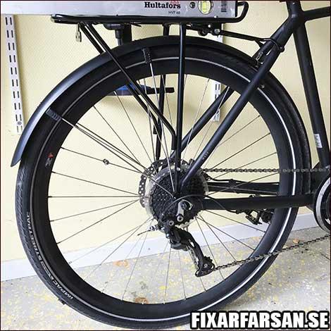 Justera-Pakethållare-Cykel