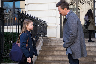 Edward Norton and Kylie Rogers in Collateral Beauty (5)