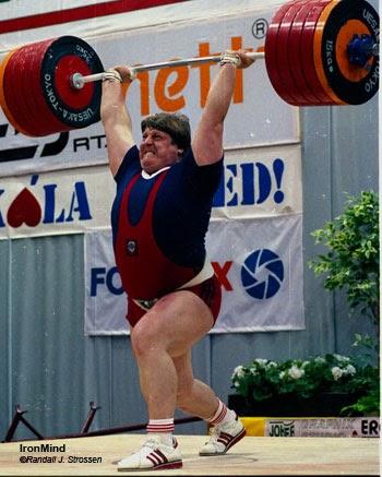 Leonid Taranenko 585.2 lbs (266 kg) Clean and Jerk. StrengthFighter.com