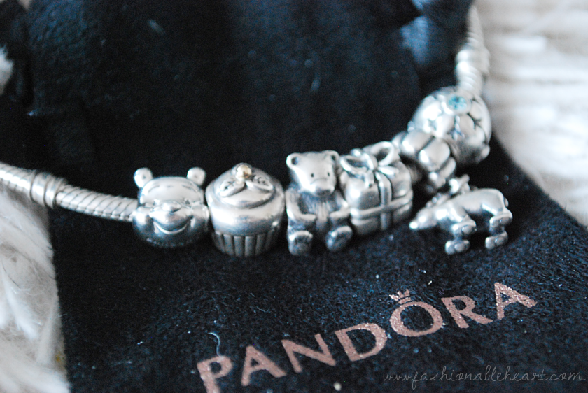 bbloggers, bbloggersca, beauty blogger, christmas gifts, holiday, fbloggers, lbloggers, pandora, disney, winnie the pooh charm