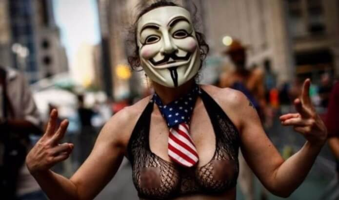 U.S. Federal Court Rules Females Are Free To Display Their Breasts In Public