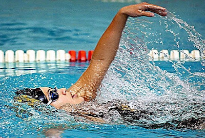 Teknik dasar Belajar Cara Berenang dengan Benar untuk Pemula