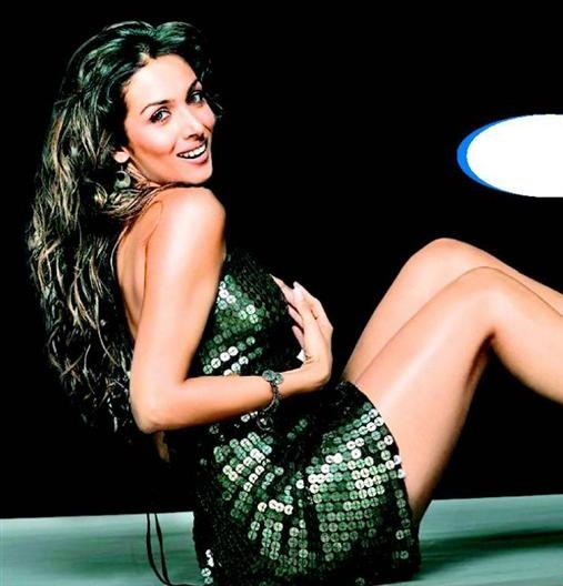 Watch 7 Hot Pictures of Malaika Arora