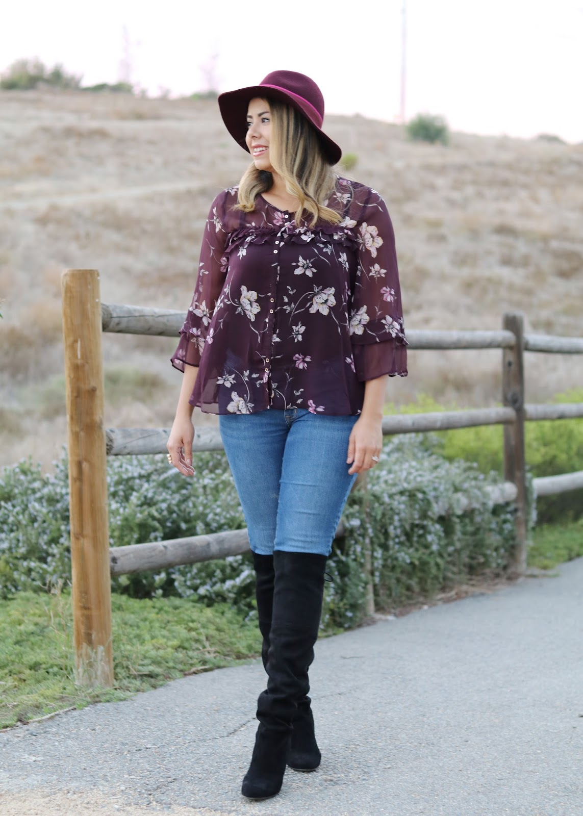 LC lauren conrad top, lauren conrad floral blouse, fall fashion with hats, how to wear a burgundy hat