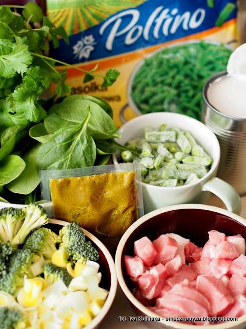 curry z zielonymi warzywami i wieprzowina, zielone curry, wieprzowina, schab wieprzowy, zielone warzywa, fasolka szparagowa, mrożonki, brukuły, szpinak, na rozgrzanie, kuchnia indyjska, co na obiad, szybki obiad, poltino