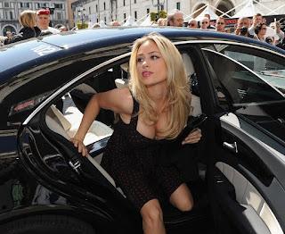 Valentino Rossi Wife Jpg