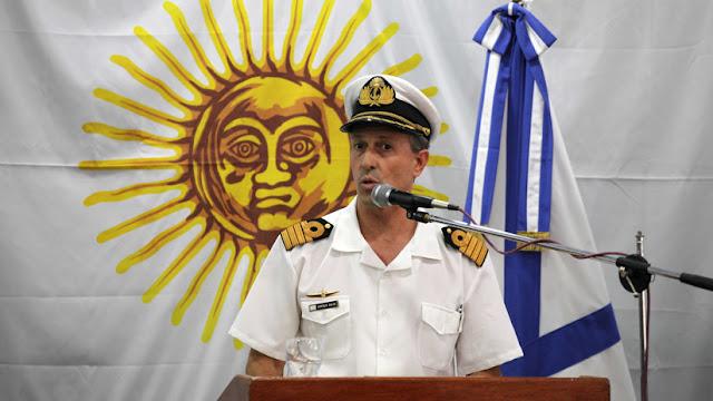 La Armada de Argentina sigue el consejo de videntes para buscar el submarino ARA San Juan