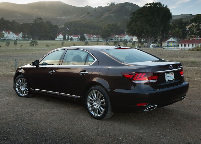 2013 Lexus LS600hL