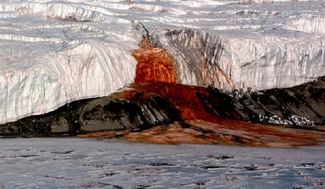 Misteri Air Terjun Darah