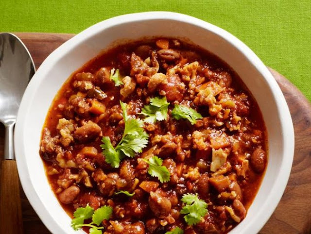 Homemade Vegetarian Chili #vegan #comfortfood