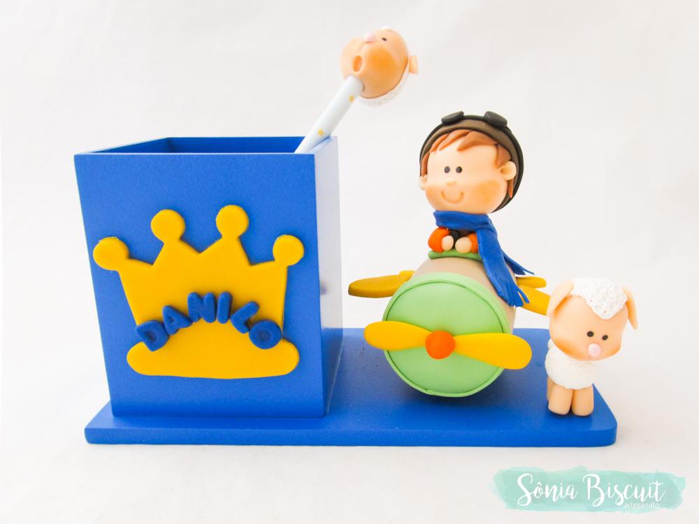 porta lapis, pequeno principe, lembrancinha, lembranca, biscuit, sonia biscuit