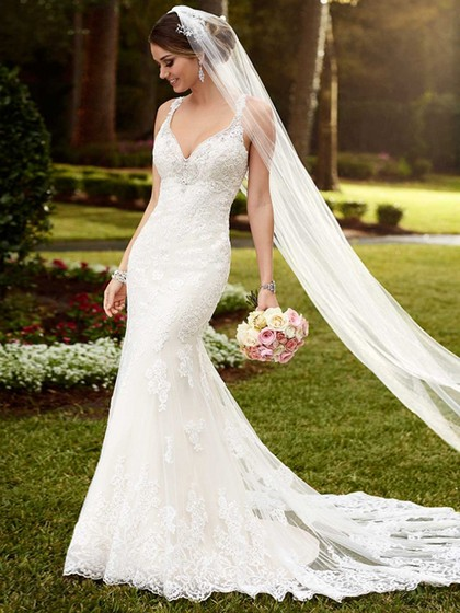 http://www.dressfashion.co.uk/product/v-neck-tulle-appliques-lace-white-trumpet-mermaid-backless-wedding-dresses-ukm00022342-14416.html?utm_source=minipost&utm_  medium=1085&utm_campaign=blog