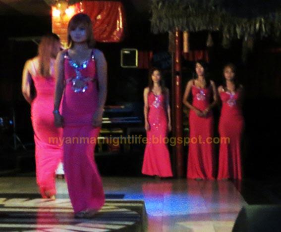 nightclub show girls
