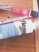 Mastic colle acrylique