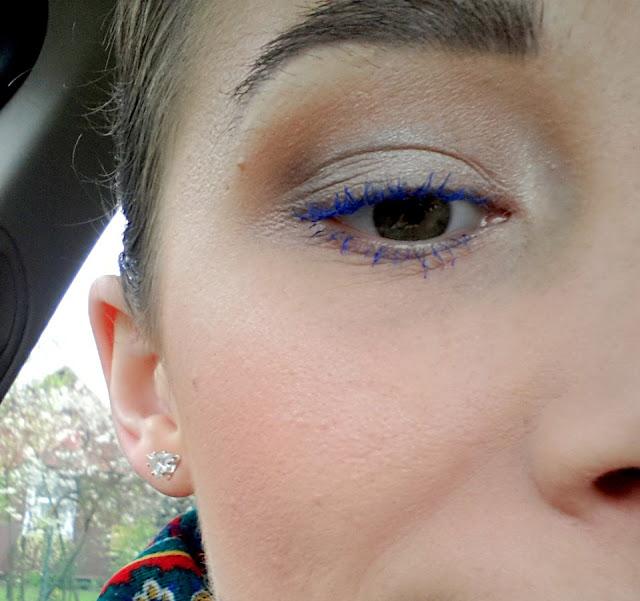 niebieski tusz do rzes