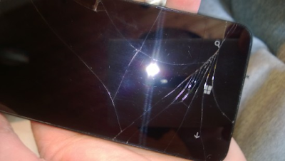 Thay mat kinh Lumia 630 gia re