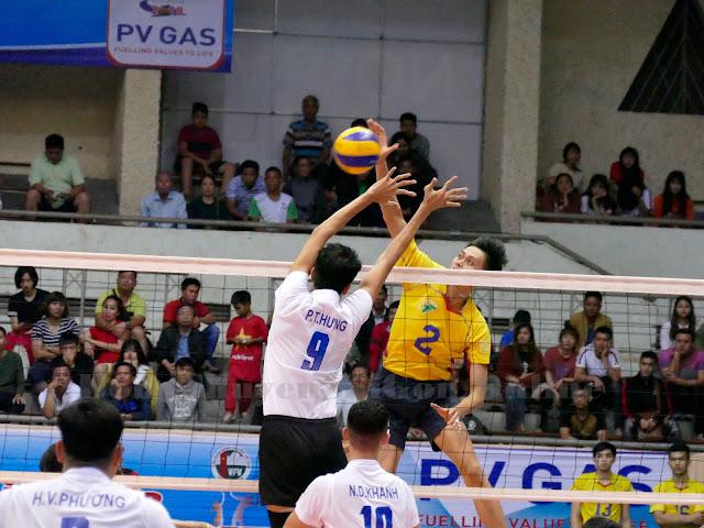 Lê Thanh Giang (TPHCM) - Cầu thủ có cú giao bóng điệu nghệ nhất!