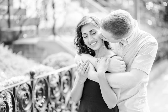 A Summer Engagement Session in Georgetown at the Old Stone House and Canal | Photos by Heather Ryan Photography