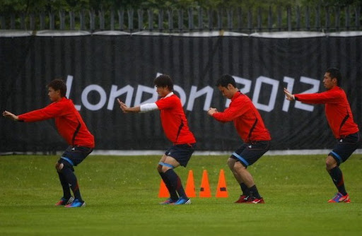 How Japan's Olympic team warm up