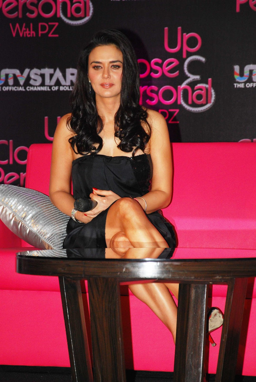 High Quality Bollywood Celebrity Pictures Preity Zinta -3451