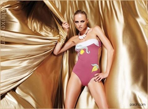 Parah 2012 Vahşi bikini modelleri