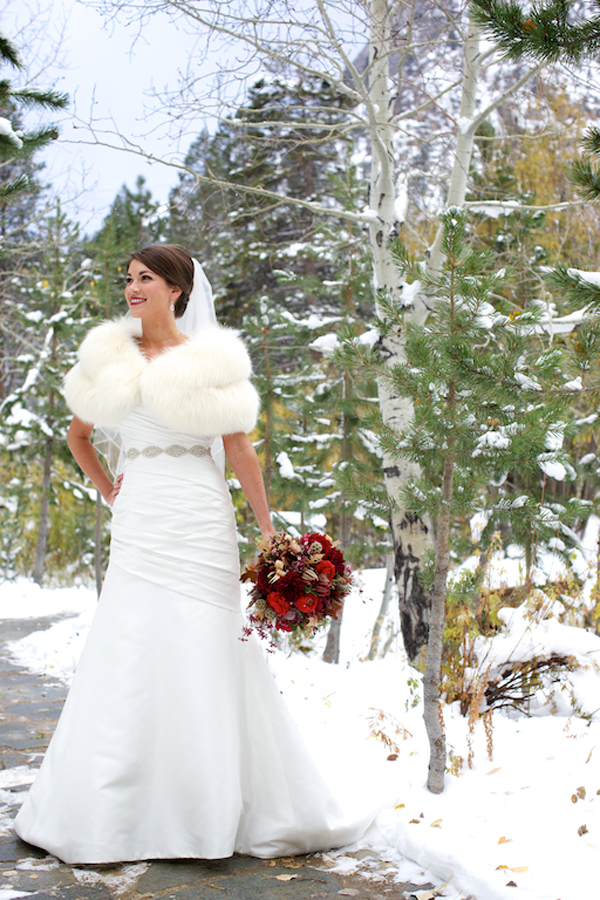 Snowy+Lake+Tahoe+Winter+Wedding.jpg