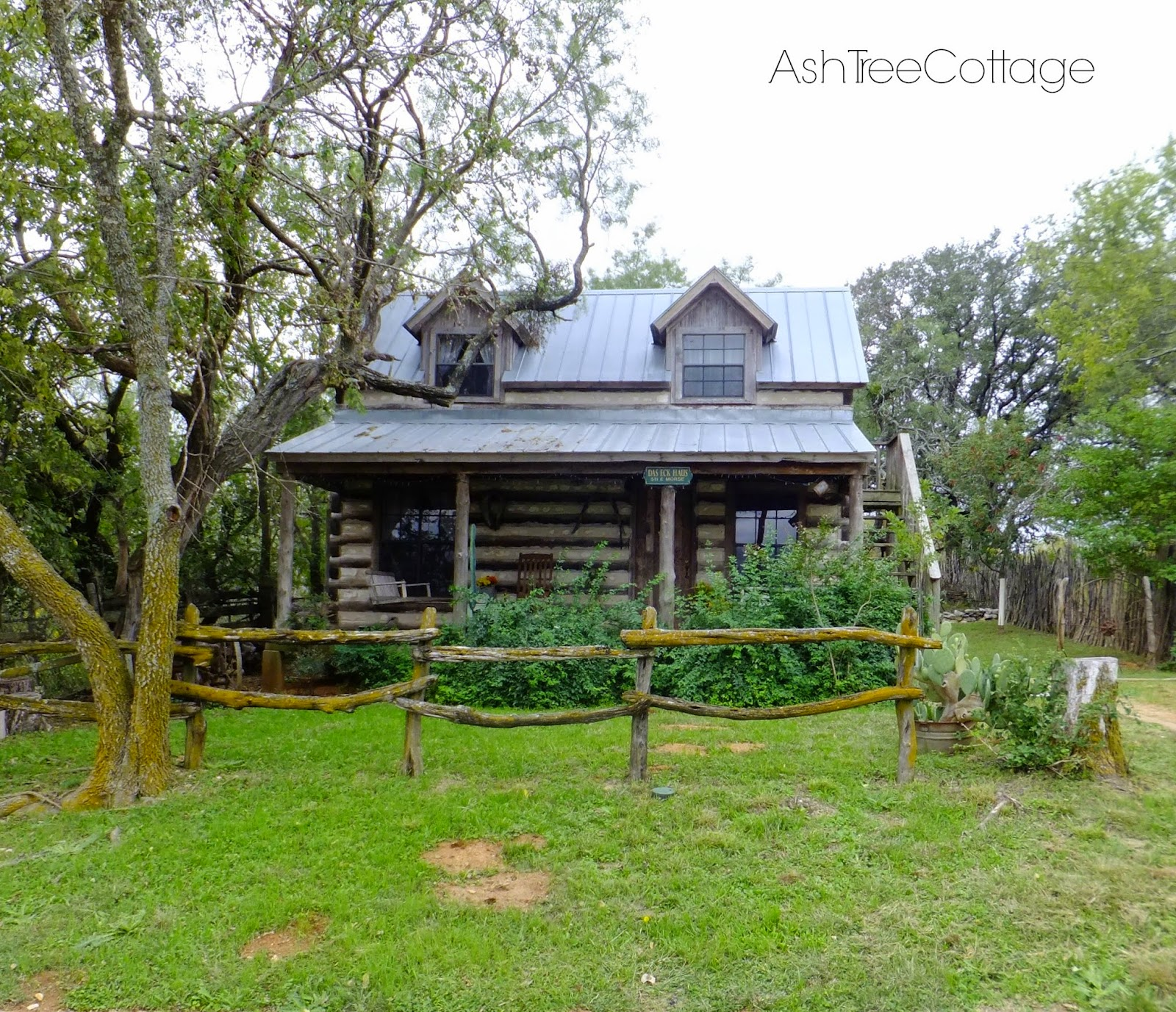 Ash tree cottage bentley 39 s texas hill country cottage tour for Texas cottage