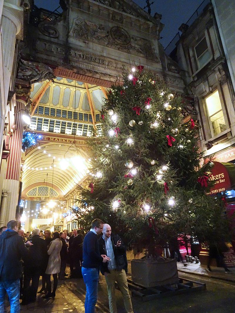 London_Gorgeous_Christmas_Lights_PhotographsLeadenhall
