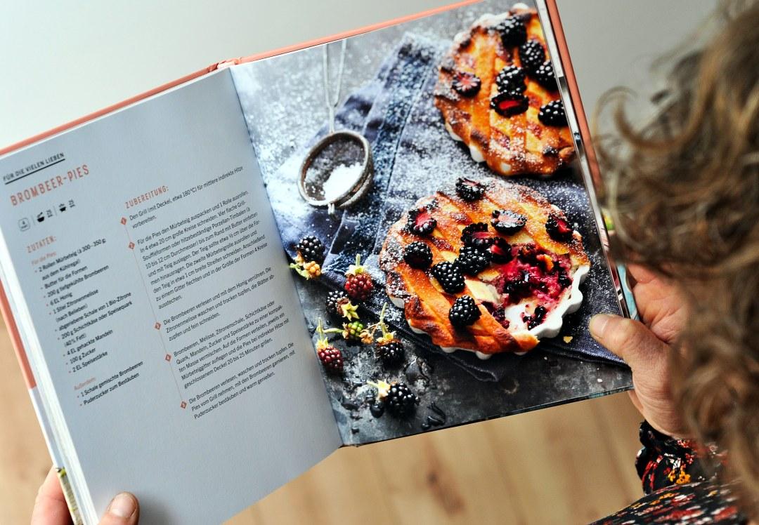 Outdoorküche Buch Buchung : Süß grillen das grillbuch von manuel weyer für alle