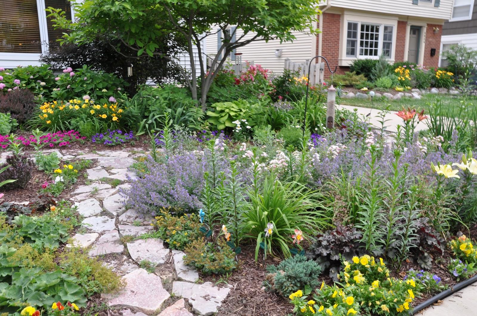 Making a Grassless Front Yard on Grassless Garden Ideas  id=17723