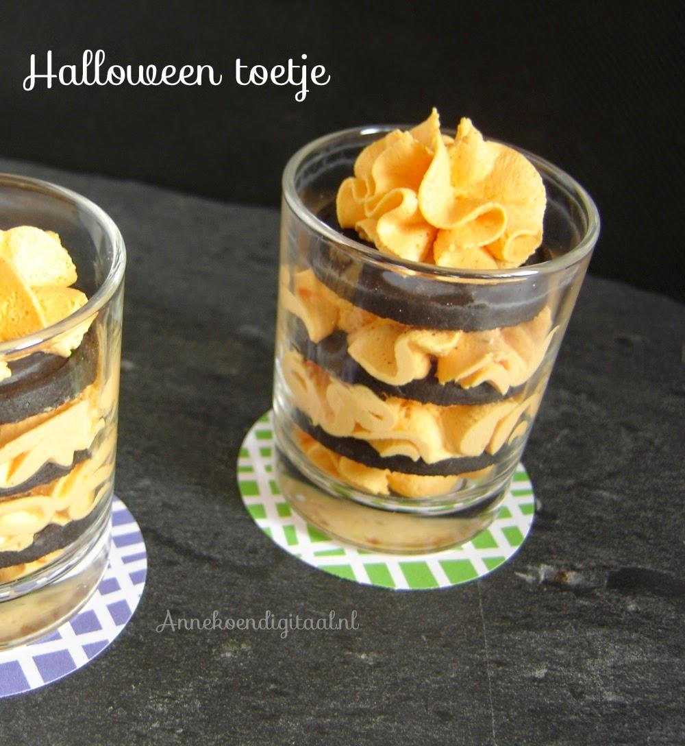 Halloween toetje, toetje voor Halloween, toetje met oreo koekjes, bakken met oreo