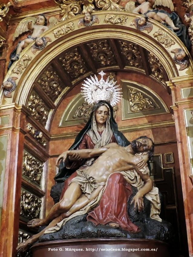Nuestra Señora de la Piedad. Iglesia de San Martín. Real cofradía de Minerva y Vera Cruz. León. Foto G. Márquez.