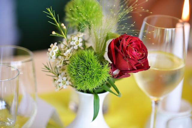 fleurs pour deco table de mariage