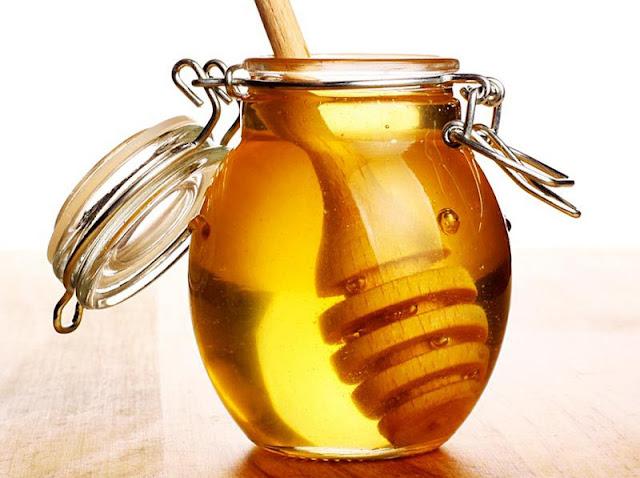 "<img src=""miel.jpg"" alt=""miel remedio casero para la conjuntivitis"">"