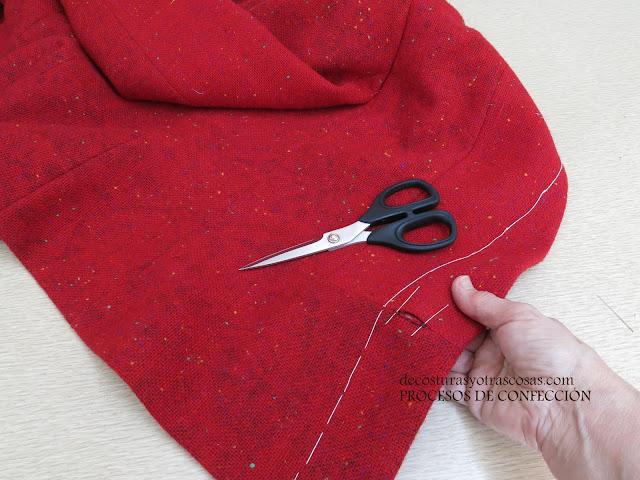 como incorporar un ojal en una costura