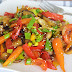Wok-Gemüse mit scharfer Note