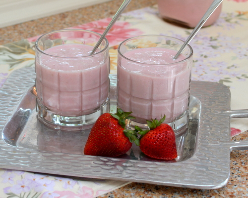 Strawberry Milk ♥ KitchenParade.com, not a smoothie, almost a strawberry milkshake.
