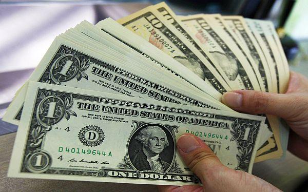 Dinheiro vivo e dólar em espécie para a Califórnia