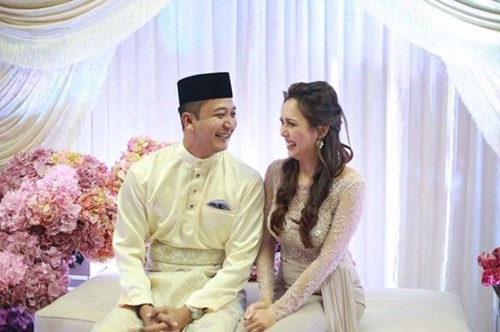 gambar Siti Saleha & Lutfi Azhar bertunang, gambar pertunangan Siti Saleha & Lutfi Azhar, gambar tunang siti saleha, gambar bakal suami siti saleha