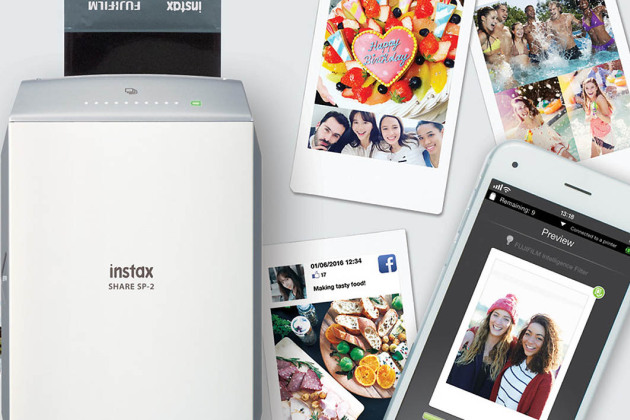 Fujifilm Instax Share SP-2: the return of the instant printer pocket
