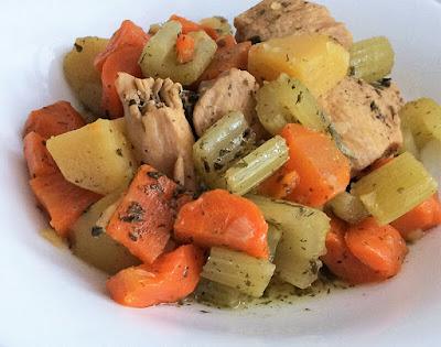 Kurczaka z warzywami z szybkowaru