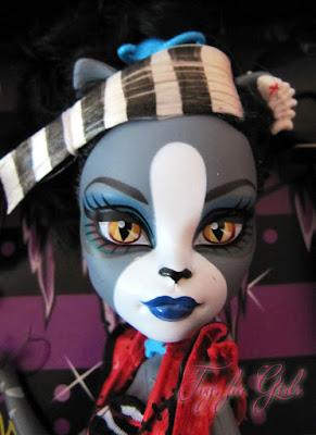 Лицо кошки Пурсефоны из серии Монстер Хай зомби шейк (Purrsephone)