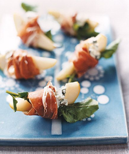 Pears With Blue Cheese and Prosciutto | Real Simple