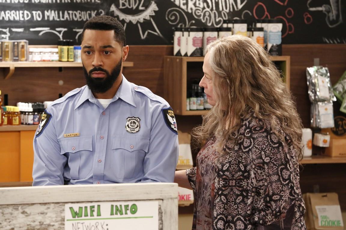 Disjointed- Season 1 Episode 03: Rutherford B Haze